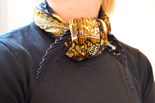 How to tie a Hermes scarf