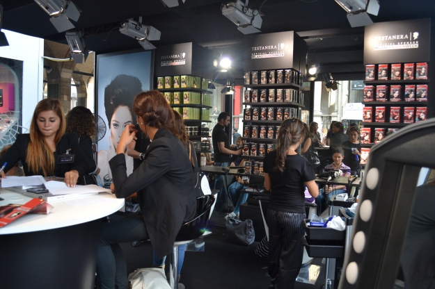 Testanera Hair Box, Via Mercanti, Milano