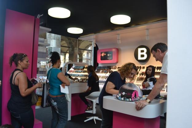 B by Limoni Beauty Box, via Mercanti, Milano