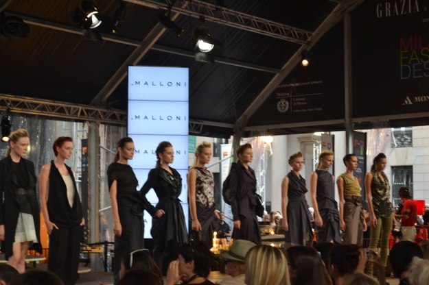 Malloni Show, Milano Fashion Design Booth on Piazza Liberty, Milano