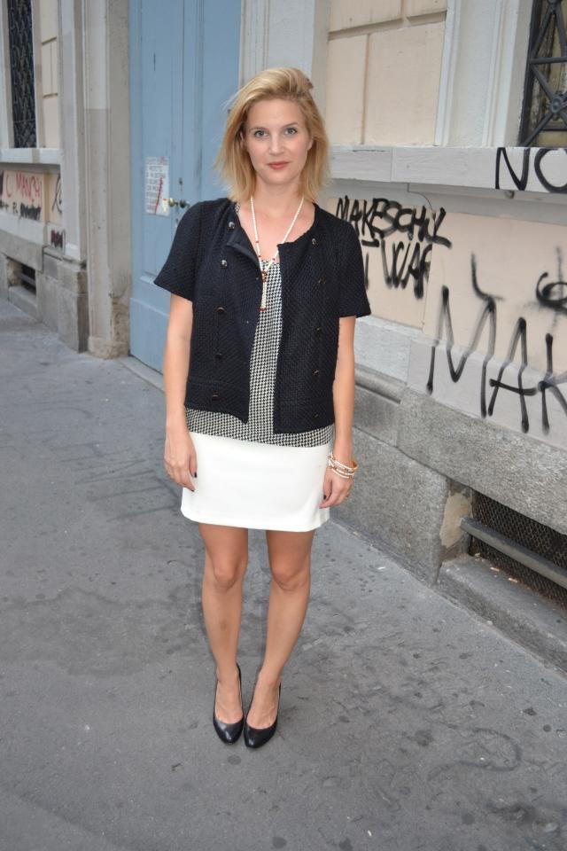 Jacket: Claudie Pierlot, Top: Maje, Skirt: Silikon, Shoes: Ralph Lauren