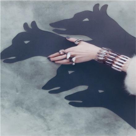 Vogue Gioielli, Shadow Play!