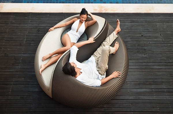 Dedon - the YIN YANG LOUNGE CHAIR