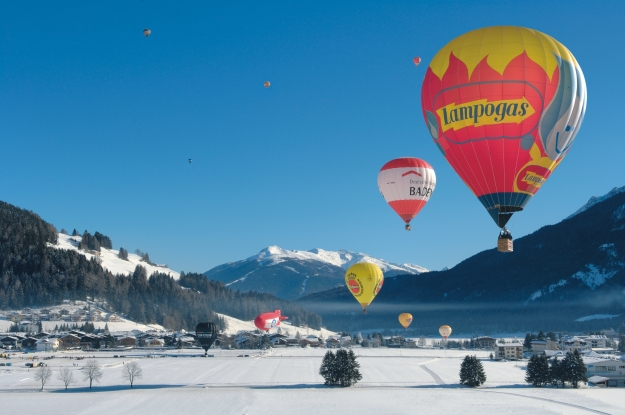 Dolomiti_balloonfestival alta pusteria dolomites