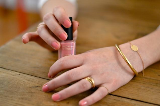 manicure nail art