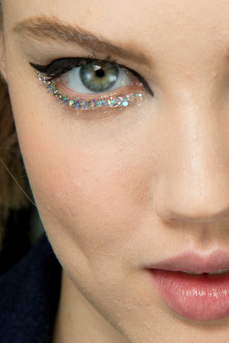 Chanel Make Up Sparkling Eyes